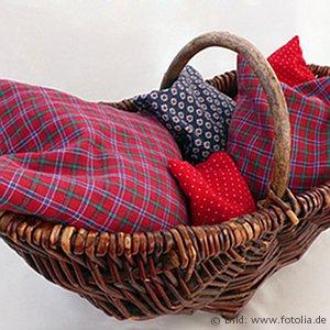 kirschkernkissen f r babys wie n tzlich sie sind kidsgo. Black Bedroom Furniture Sets. Home Design Ideas