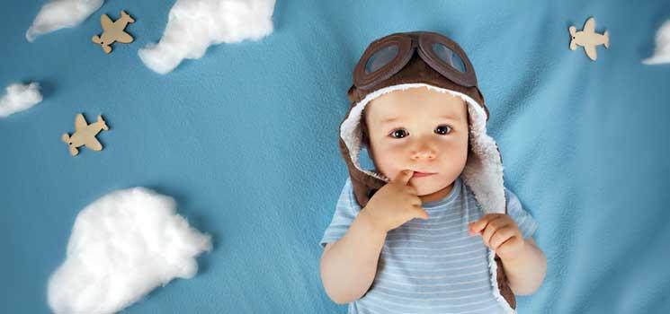 fliegen mit baby checkliste f r die flugreise kidsgo. Black Bedroom Furniture Sets. Home Design Ideas