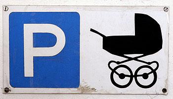 kinderwagen im treppenhaus infos kidsgo. Black Bedroom Furniture Sets. Home Design Ideas